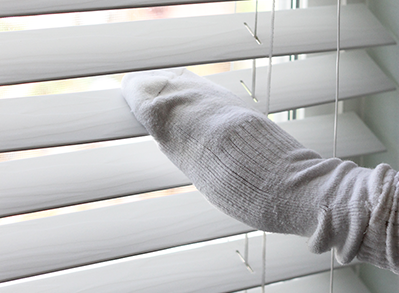 sock venetian blinds cleaning