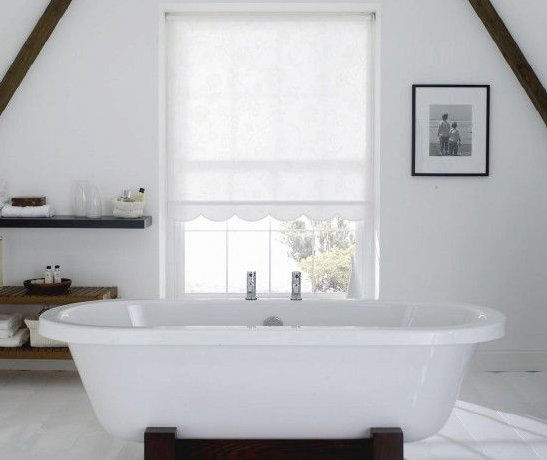 roller blinds in bathroom